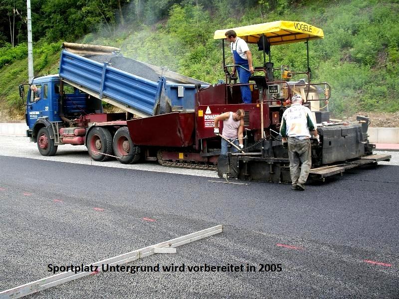 2005-Kunstrasenplatz3