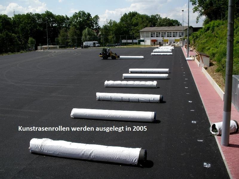 2005-Kunstrasenplatz5