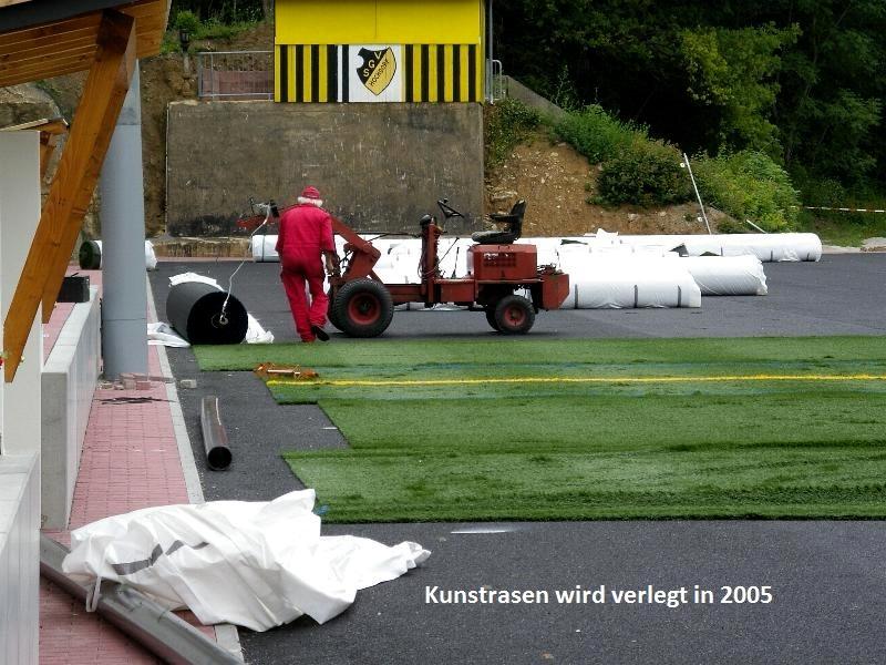 2005-Kunstrasenplatz6