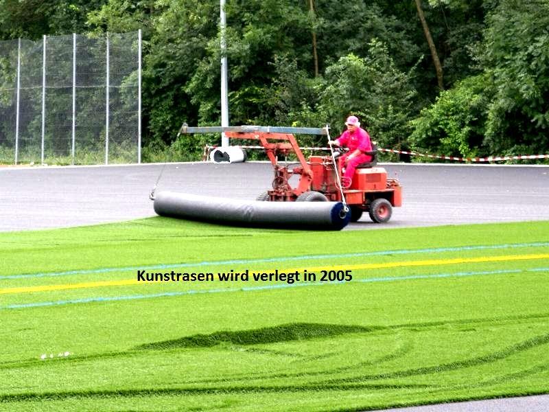 2005-Kunstrasenplatz7