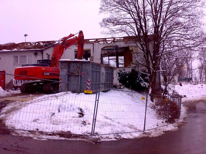 Abriss des alten Vereinsheimes 2010