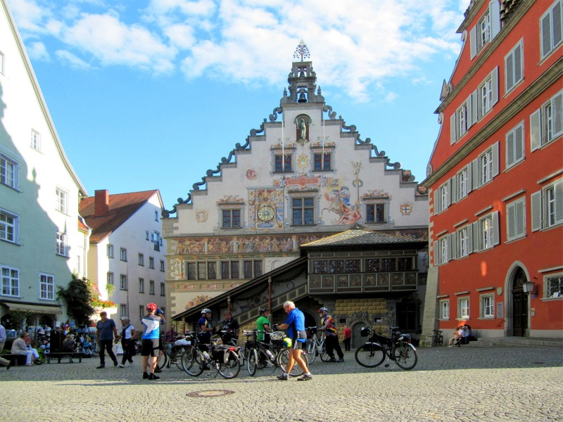 Vor dem Lindauer Rathaus